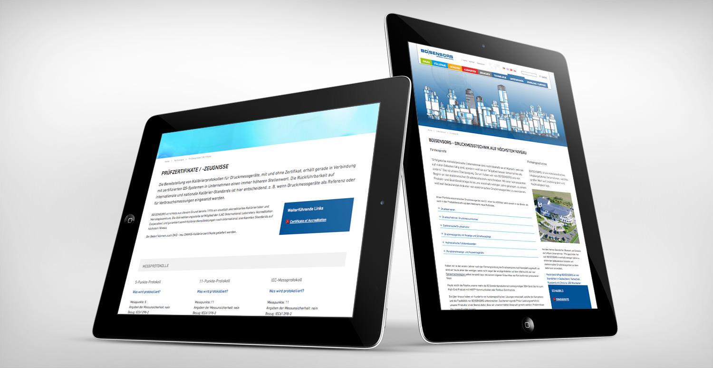 2 aufgestellte IPads mit geöffneter BD Sensors Webseite