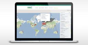 Laptop mit geöffneter PURUS PLASTICS Webseite